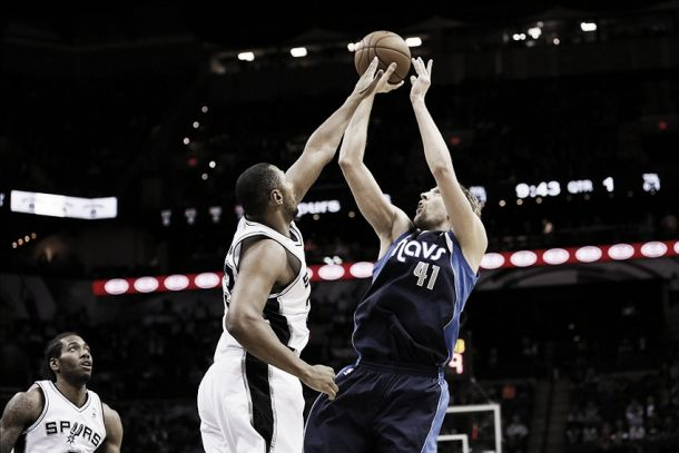 San Antonio Spurs vs Dallas Mavericks, NBA en vivo y en directo online