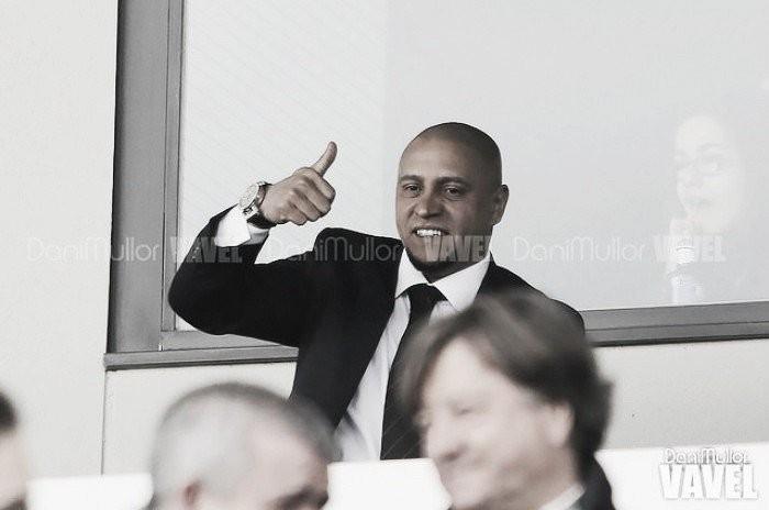 """Roberto Carlos exalta CR7: """"Bola de Ouro? Ele já a tem em casa"""""""