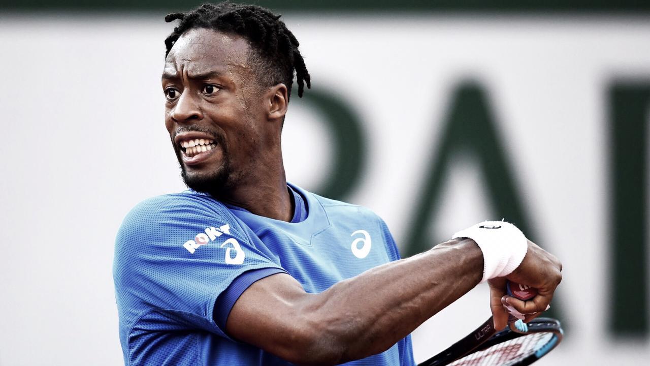Jogando em casa, Monfils arrasa Daniel e vai à segunda rodada de Roland Garros
