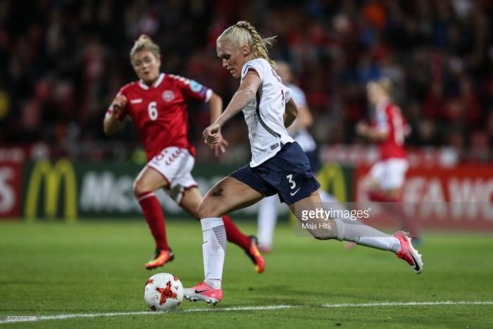 Chelsea sign Norwegian international Maria Thorisdottir