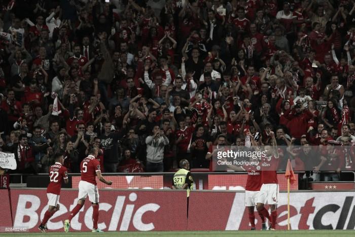 Benfica entra a ganhar no campeonato