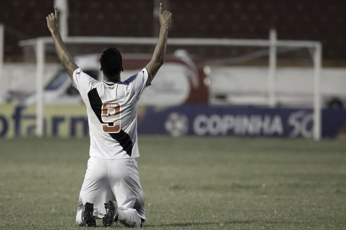 Vasco vence Volta Redonda nos pênaltis e está classificado para a semifinal da Copinha