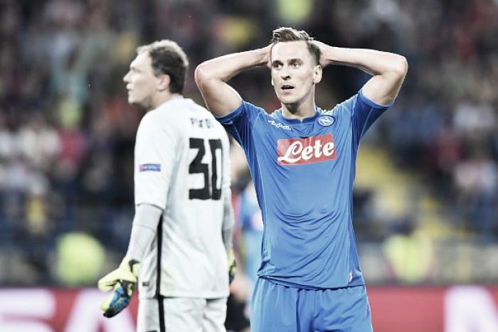 Com primeiro tempo apático, Napoli perde para Shakhtar em estreia na Champions League