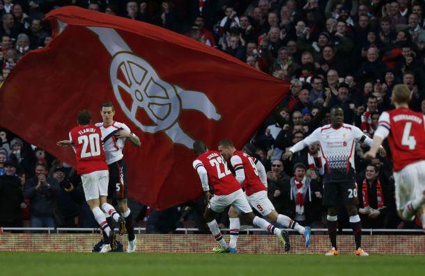 Arsenal vinga goleada e elimina Liverpool da FA Cup