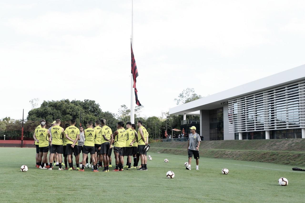 Flamengo e LDU medem forças pela liderança do grupo D da Libertadores