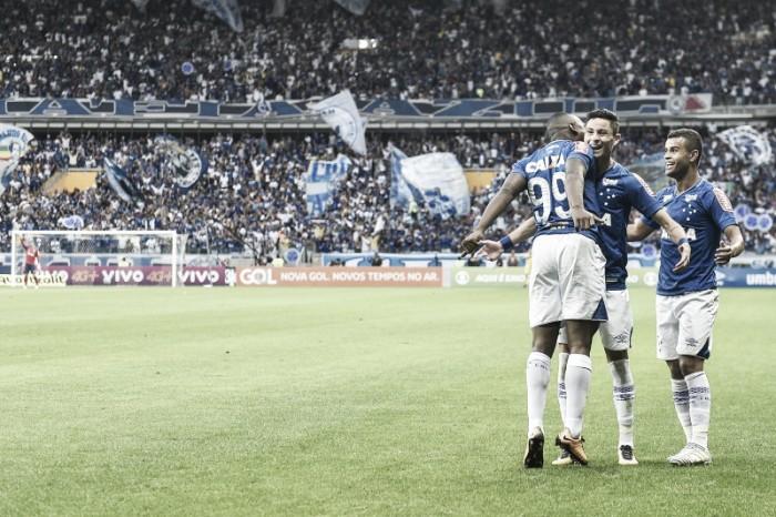 Jogadores do Cruzeiro elogiam atuação da equipe em empate com Flamengo