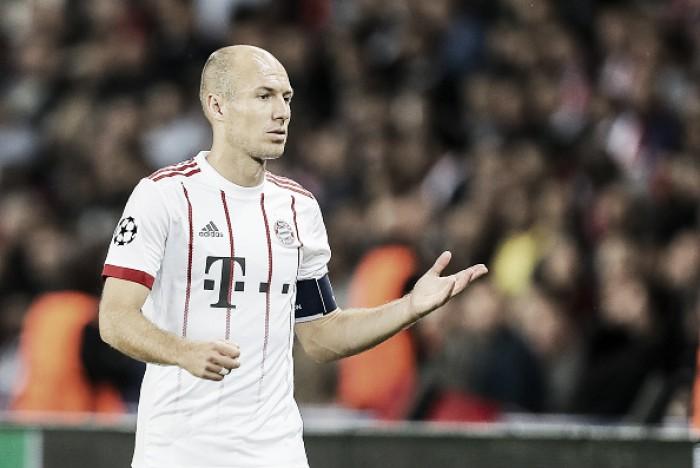 """Robben mostra total insatisfação com Ancelotti: """"Meu filho tem treinador melhor na escola"""""""