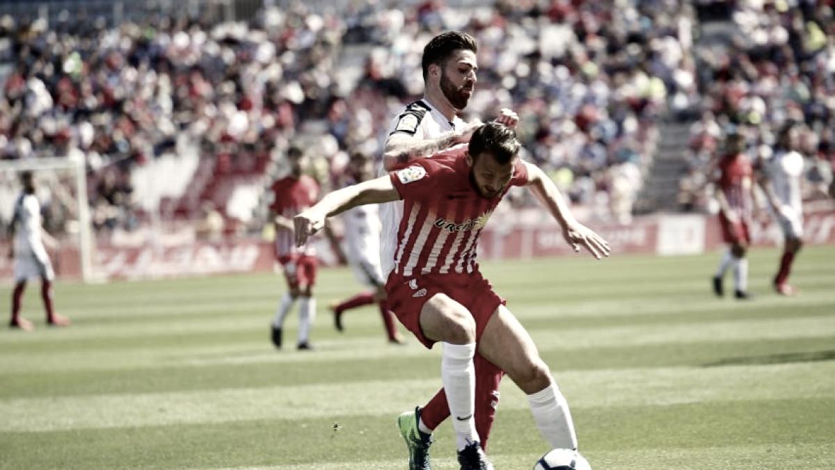 Tino Costa rescata un punto para el Almería