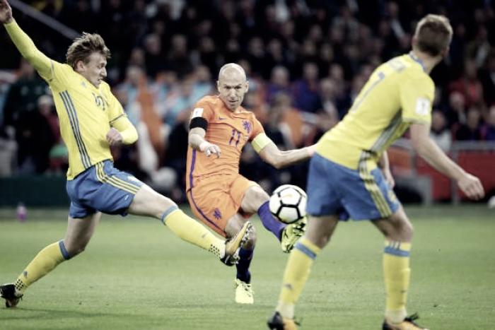 Holanda fica fora da Copa e Robben anuncia aposentadoria