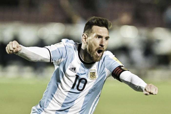 Três vezes Lio! Messi garante vitória argentina de virada sobre Equador e está na Copa 2018