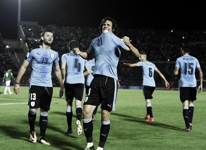 Cavani e Suárez decidem vitória e classificação do Uruguai sobre eliminada Bolívia
