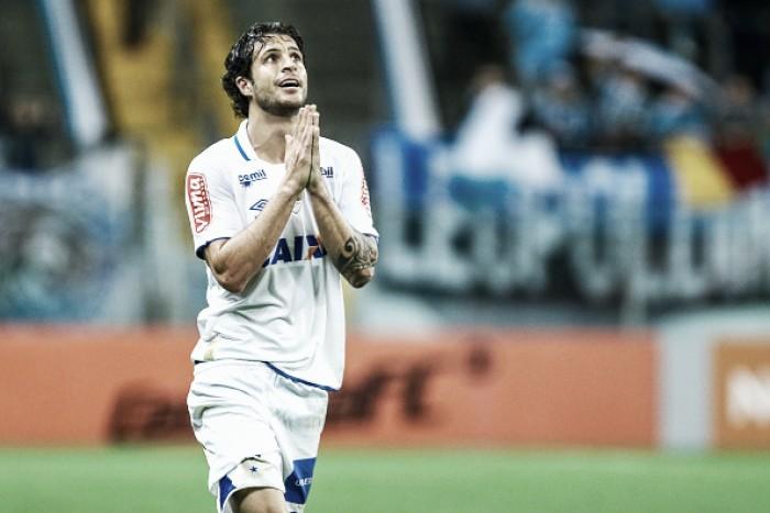 Com futuro incerto, volante Hudson se despede do Cruzeiro e retorna ao São Paulo