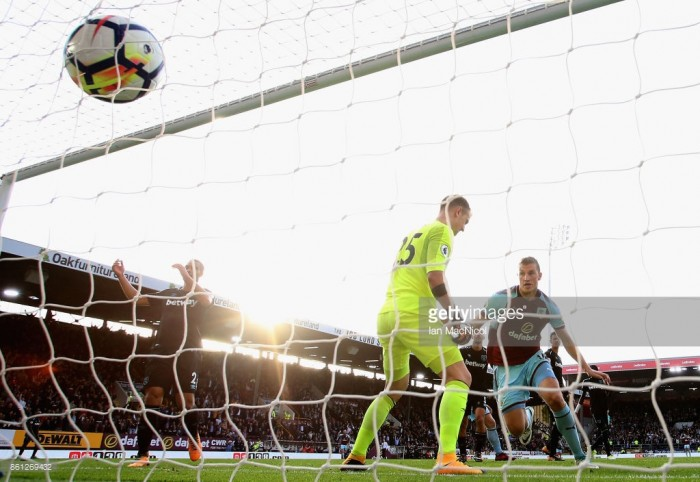 Burnley 1-1 West Ham: Carroll sees red as The Hammers share the spoils