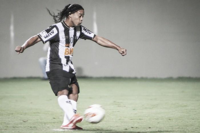 Atlético-MG e Ronaldinho acertam pendências e clube desconversa sobre jogo de despedida