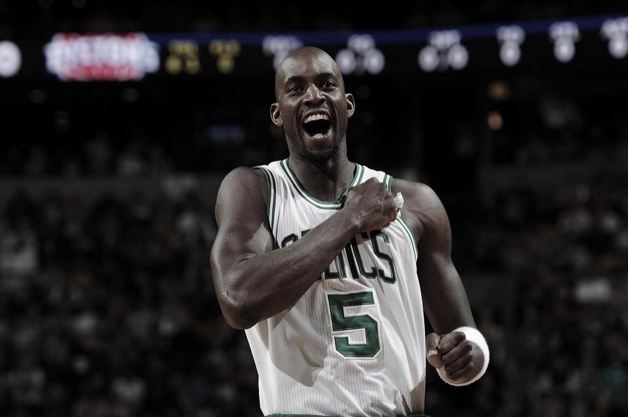 Celtics to retire Garnett's jersey