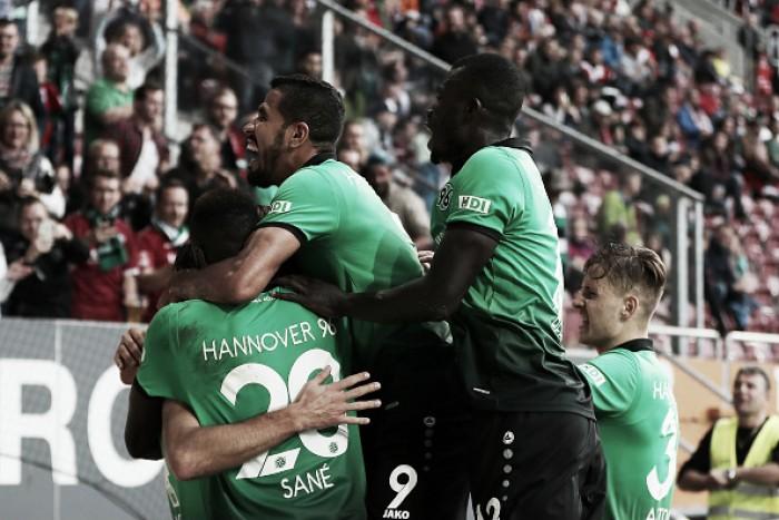Com dois de Füllkrug, Hannover 96 vira sobre Augsburg e entra na zona europeia
