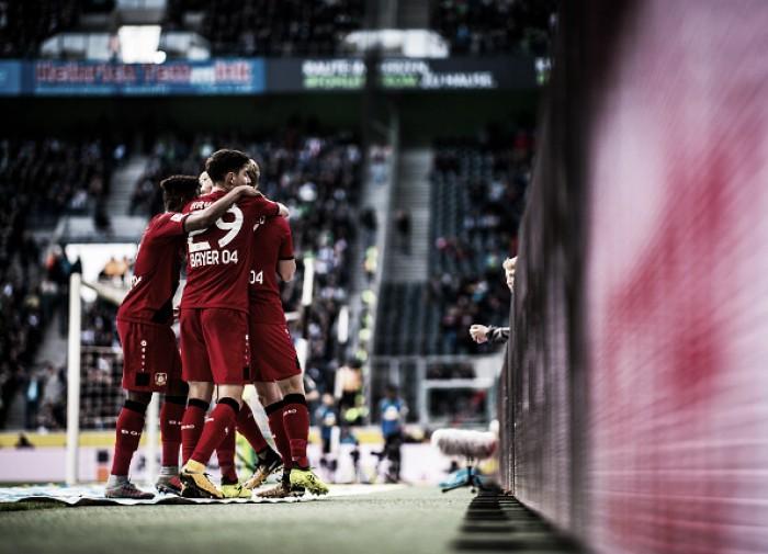 Bayer Leverkusen goleia Borussia Mönchengladbach no segundo tempo e se recupera