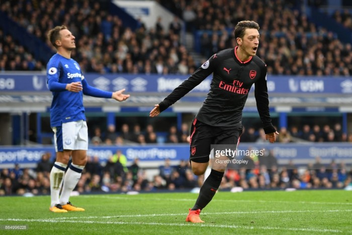 Arsenal vs Everton Preview: Gunners host Everton as Theo Walcott returns to the Emirates