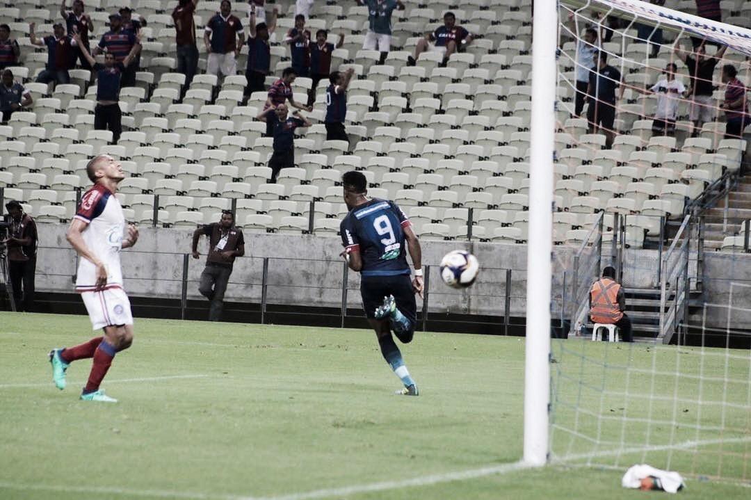 Em jogo emocionante, Fortaleza e Bahia empatam pela Copa do Nordeste