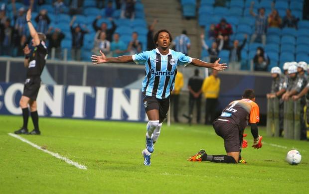Nos pênaltis, Grêmio elimina São Luiz e está na semifinal do Gaúchão