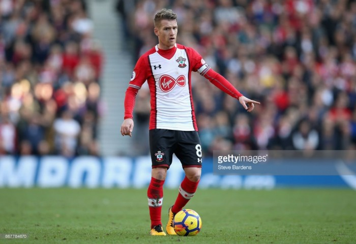 Steven Davis wins Southampton's October Player of the Month award