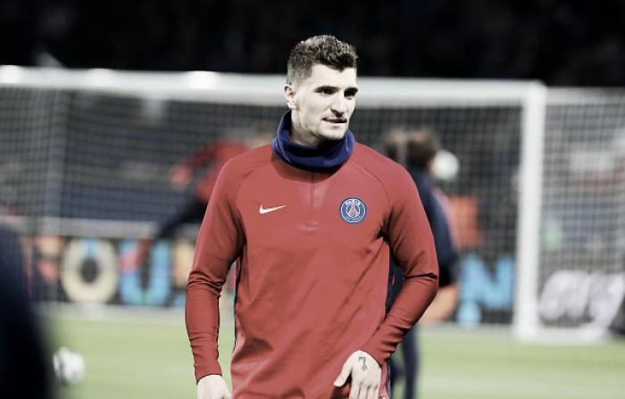 Com provável saída de Vrsaljko, Atlético de Madrid mira Thomas Meunier, do PSG