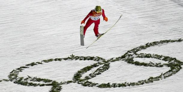 Saut à ski : Solide Kamil Stoch