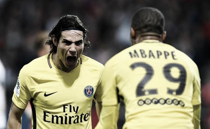 Cavani e Mbappé comandam goleada do PSG diante do Angers na ausência de Neymar