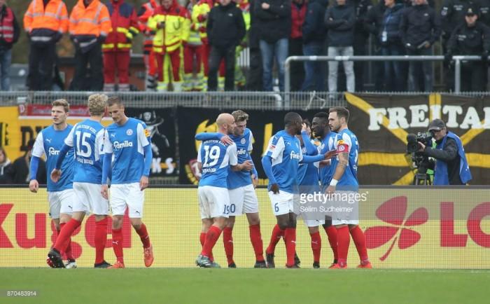 Holstein Kiel 3-0 Dynamo Dresden: Storks close gap on leadersDüsseldorf