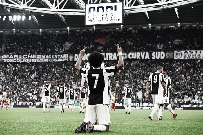 Juventus troca chave no segundo tempo, vira sobre Benevento e encosta na liderança