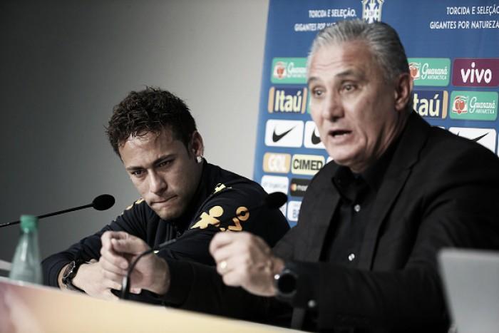 """Tite cobra melhor postura de Neymar, mas elogia craque: """"Caráter, índole e grande coração"""""""
