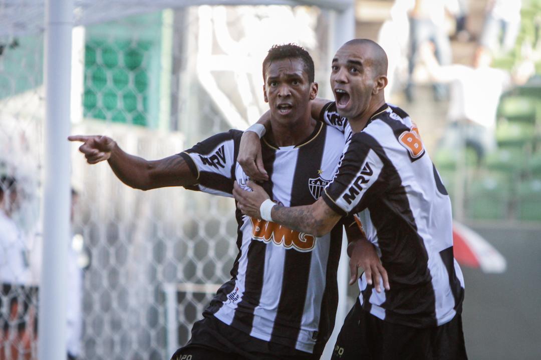 Galo vence fácil, quebra invencibilidade do Cruzeiro e constrói ótima vantagem na final