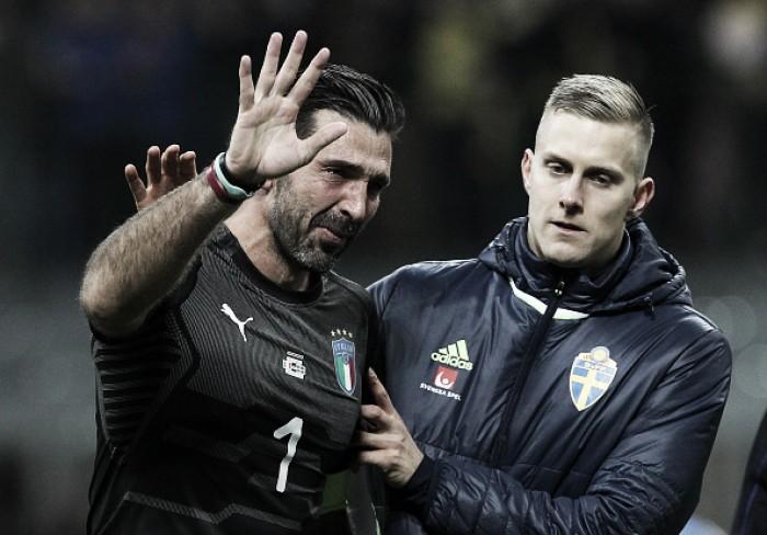 Chorando, Buffon anuncia aposentadoria da Seleção Italiana e elogia possíveis sucessores