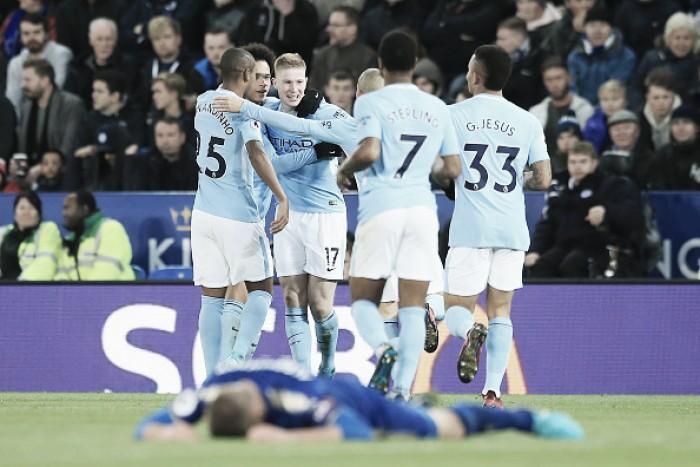 De Bruyne faz pintura, City tem outra boa atuação e quebra sequência positiva do Leicester