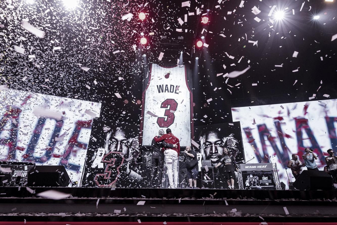 Miami immortalizes Dwyane Wade