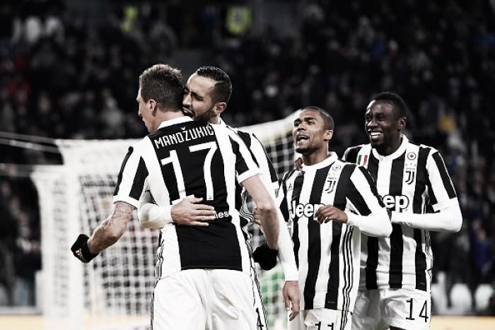 Juventus sofre com retranca adversária, mas cresce na segunda etapa e bate Crotone