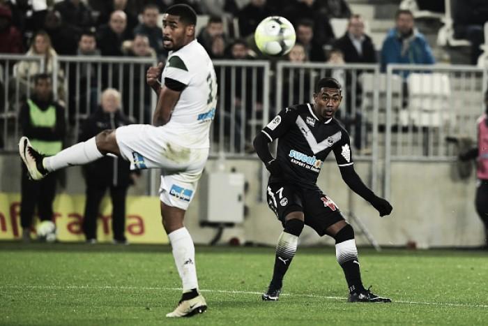 Malcom marca golaço, Bordeaux volta a vencer e aumenta crise no Saint-Étienne