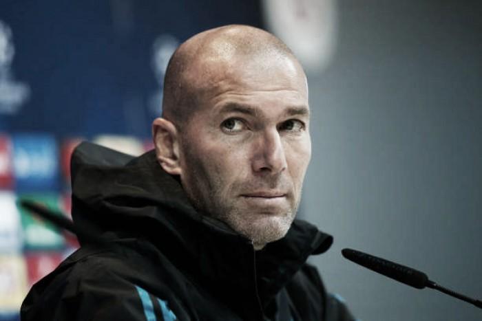"""Zidane rebate declaração de Marcelino García Toral: """"Ele pode dizer o que quiser"""""""