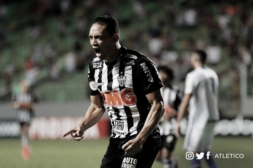Em jogo marcado por decisões do VAR, Atlético-MG vence Avaí na abertura do Brasileiro