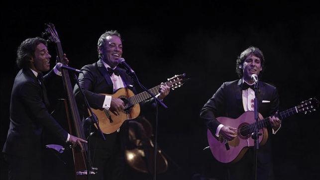 El Casino de Monóvar triunfa en las fiestas con los conciertos de Café Quijano, Rosario Flores y Marta Sánchez