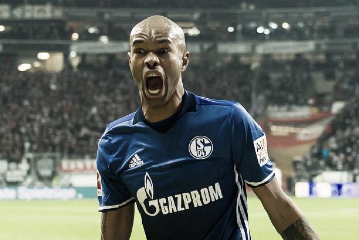 Com gol de Naldo nos acréscimos, Schalke 04 busca empate contra Eintracht Frankfurt
