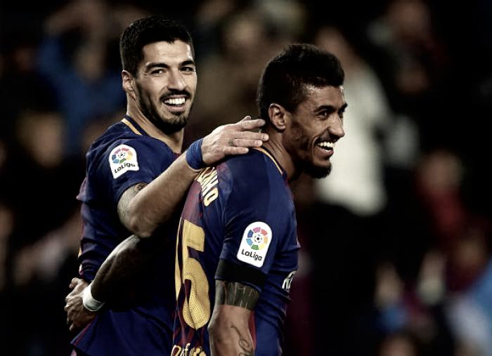 Paulinho marca dois gols, Barcelona atropela Deportivo La Coruña e se mantém líder isolado