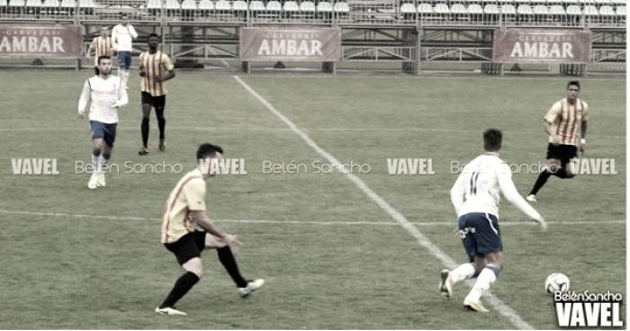 El Badalona derrota a un deprimido Deportivo Aragón