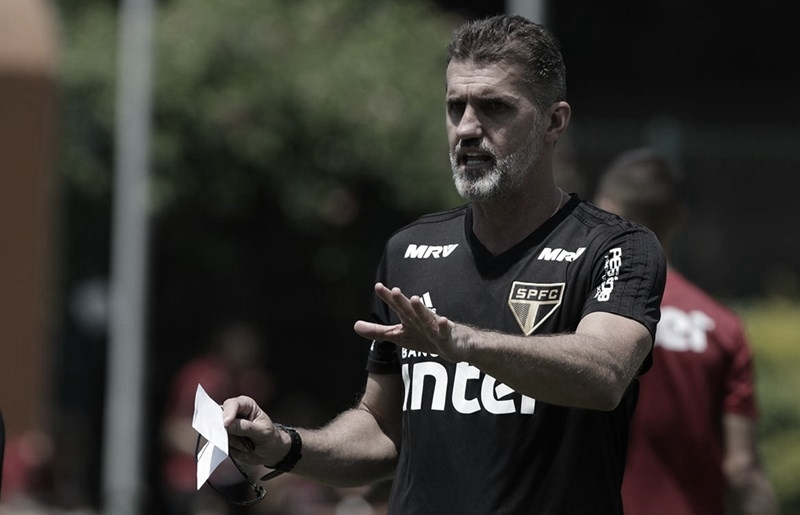 Com Reinaldo de volta, Mancini esboça São Paulo para o clássico
