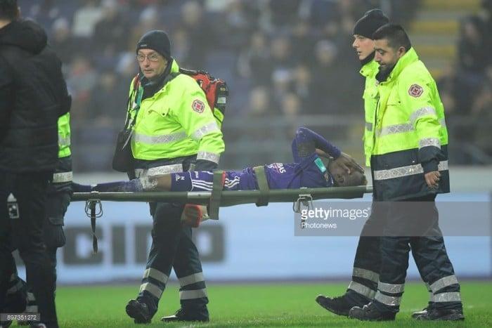 Everton loanee Henry Onyekuru stretchered off during Anderlecht win