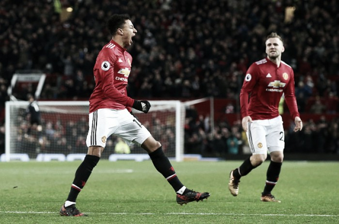 Com dois gols, Lingard salva United de derrota em casa diante do Burnley