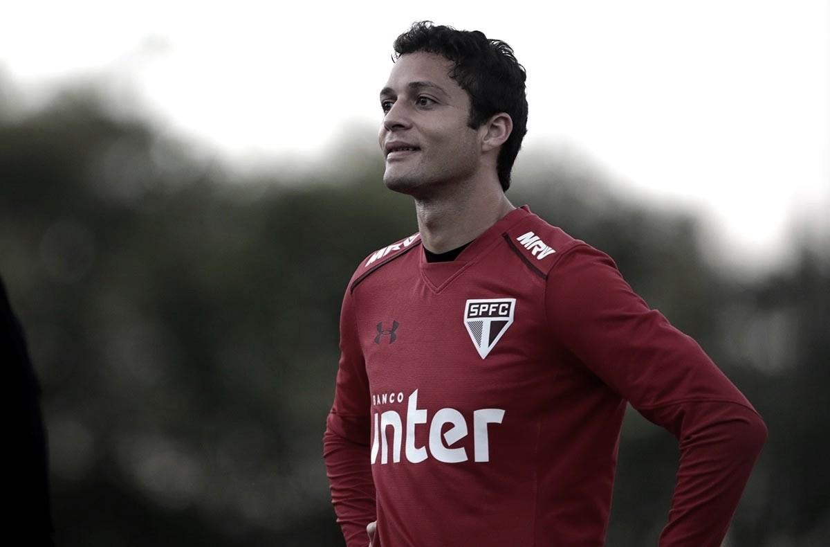 Anderson Martins vê São Paulo forte na briga pelo título brasileiro