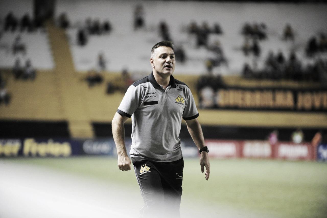 """Doriva elogia equipe e mira próximo jogo para subir na tabela: """"Ânimo redobrado"""""""