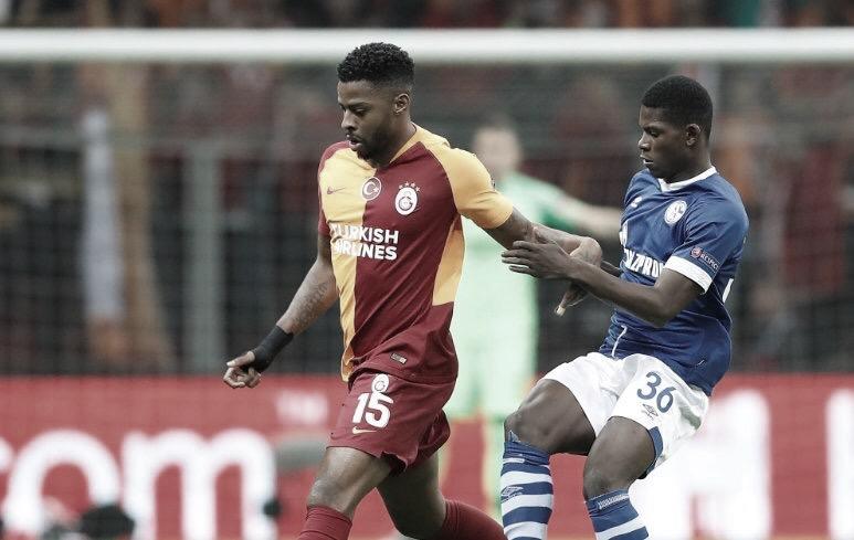 Galatasaray empata com Schalke e se complica na Liga dos Campeões