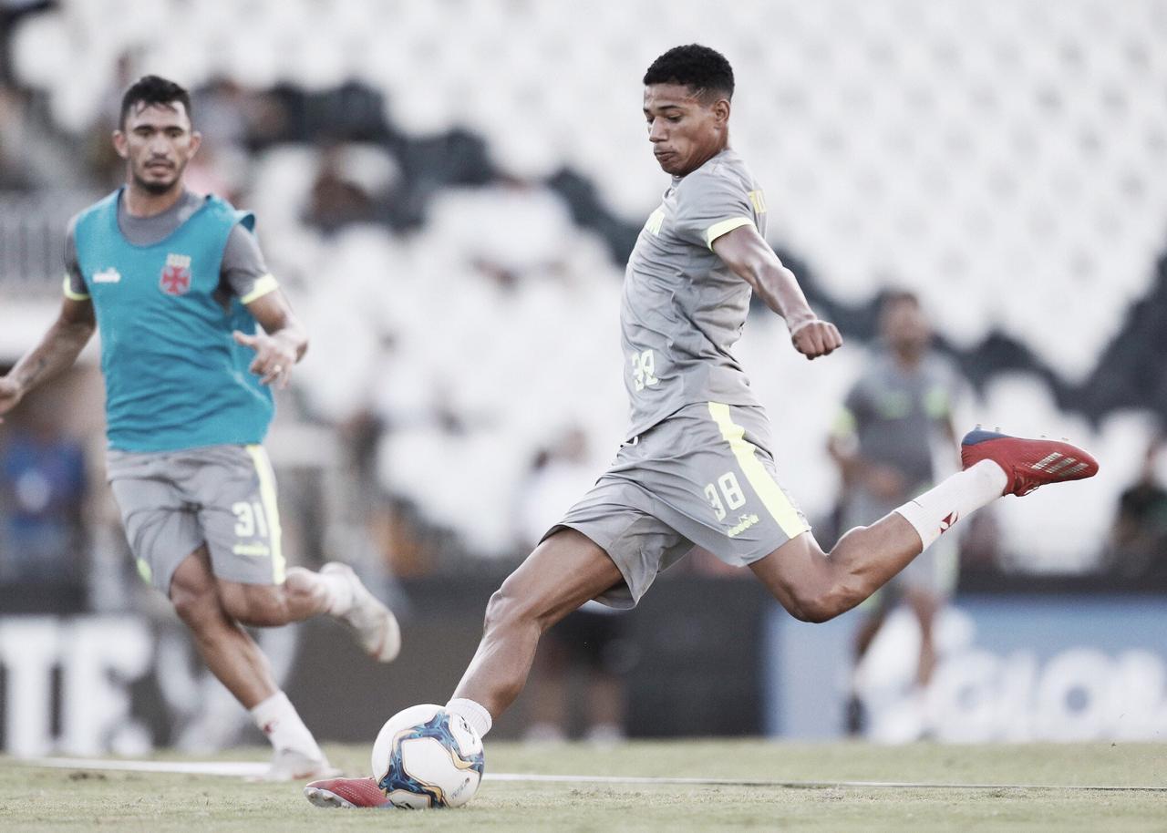 """Marrony admite 'desligada' na final da Taça Rio e pede atenção contra Bangu: """"Não pode acontecer"""""""